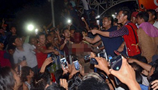 Маса од 1 000 луѓе линчувале осомничен за силување и убиство на девојче  5